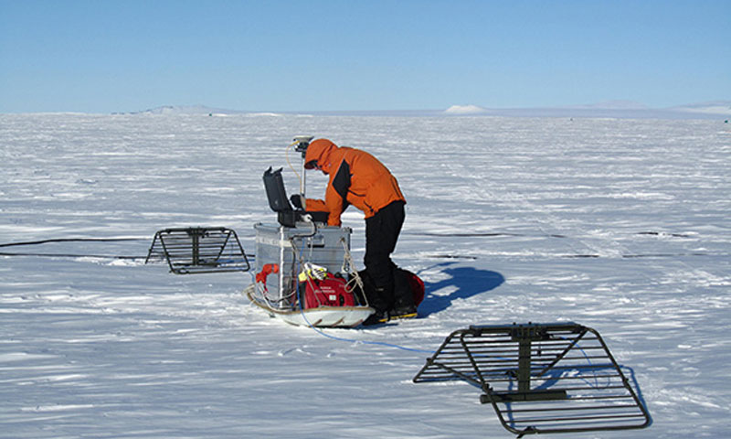 Mike Shortt working with scientists at the British Antarctic Survey is making a series of radar-based ice thickness measurements that resolve melting rates of the ice of periods of days to months.