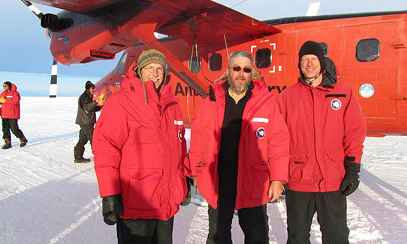 Jim Stockel, Tim Stanton and Bill Shaw from NPS depart from WAIS Divide on the BAS Twin Otter bound for the newly established PIG drill field camp.
